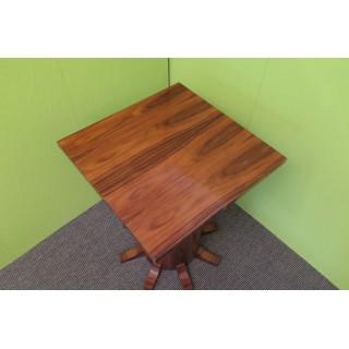 T 46  Coppia di tavolini art deco'