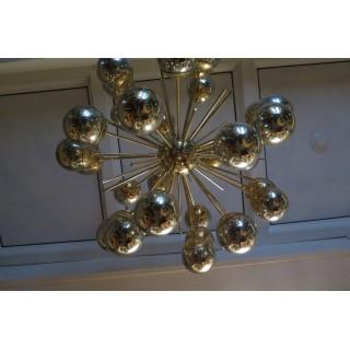 L 56  Sputnik in ottone e vetro argentato