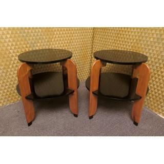 T 140  Coppia di tavolini in lacca nera e ciligio