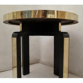 T 149  Tavolino in lacca nera ottone e pergamena