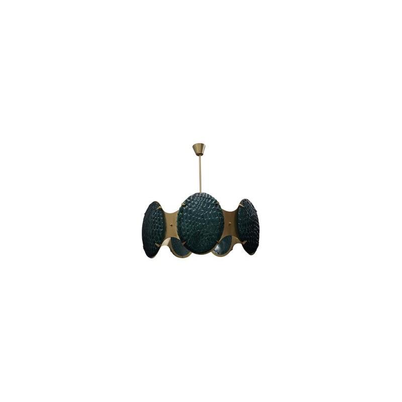L 81 Importante lampadario di forma circolare interamente in ottone satinato e vetro