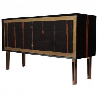 C 91  Cassettiera lastronata in legno di ebano