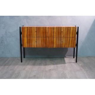 C 113 Cassettone Italiano lastronato in legno di ciliegio