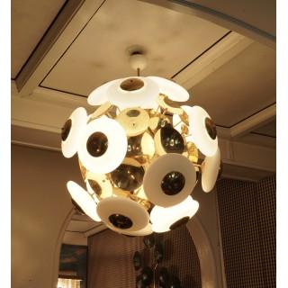 """Lampadario """"Sputnik"""" in vetro e ottone"""
